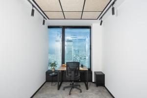 האם עדיין שווה להשכיר משרד או שעדיף לעבוד ממתחם עבודה משותף?