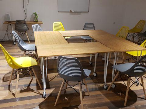 חדר הרצאות בהספירלה בנימינה - Haspirala Binyamina - חלל עבודה בבנימינה